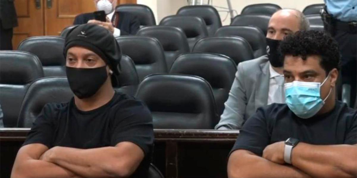 Ronaldinho Gaúcho e seu irmão Roberto de Assis, podem voltar ao Brasil. (foto: Reprodução)