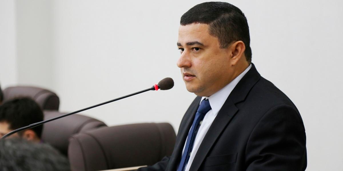 Adenilson Rocha foi um dos 4 vereadores reeleitos em 2020. (Foto: Divulgação)