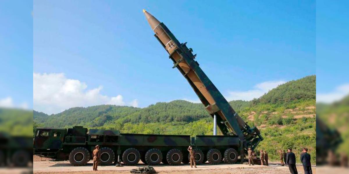 Coreia do Norte exibe mísseis balísticos gigantescos. (Foto: KCNA VIA KNS / Divulgação / Ilustrativa)