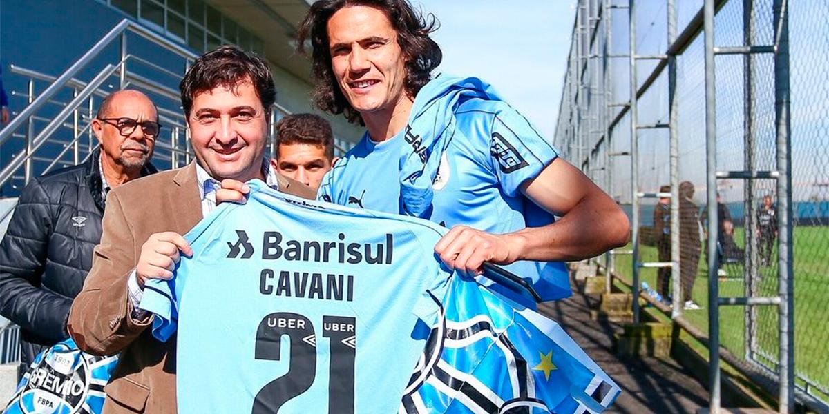 Segundo jornalista argentino, Cavani já assinou com o Grêmio. (Foto: Reprodução Twitter)